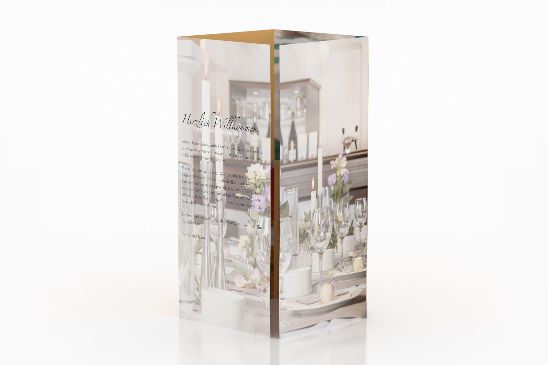 maxfath-gasthaus-zum-loewen-ehingen-hesselberg-mittelfranken-branding-design-print-flyer-altarfalz-vorderansicht